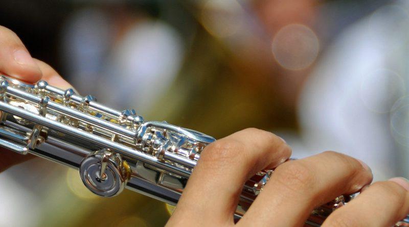 flute up close