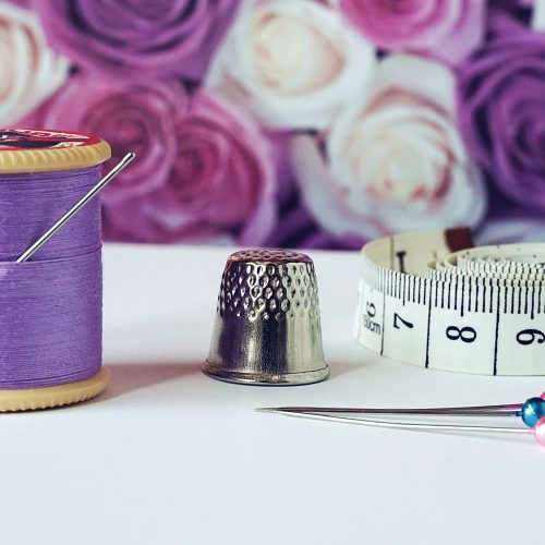arts-and-crafts-bobbin-close-up-1266139